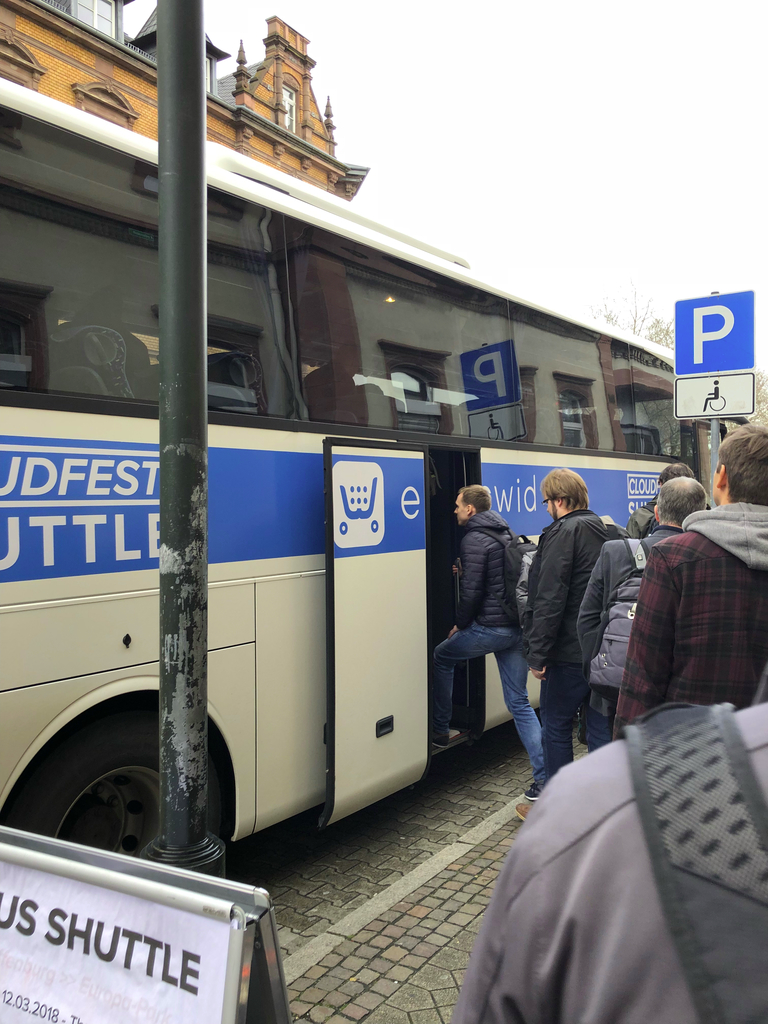 Ecwid at Cloudfest: shuttle buses